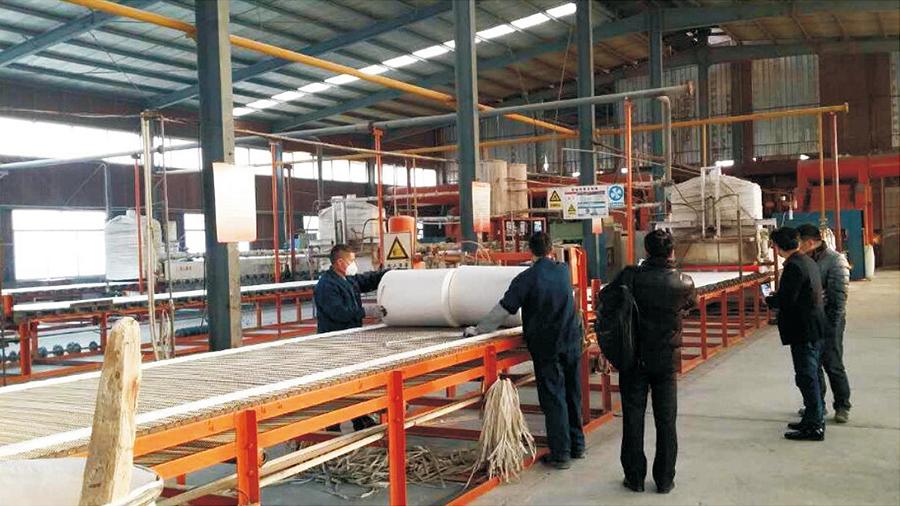 硅酸铝(陶瓷)易胜博备用网址甩丝针刺毯生产线
